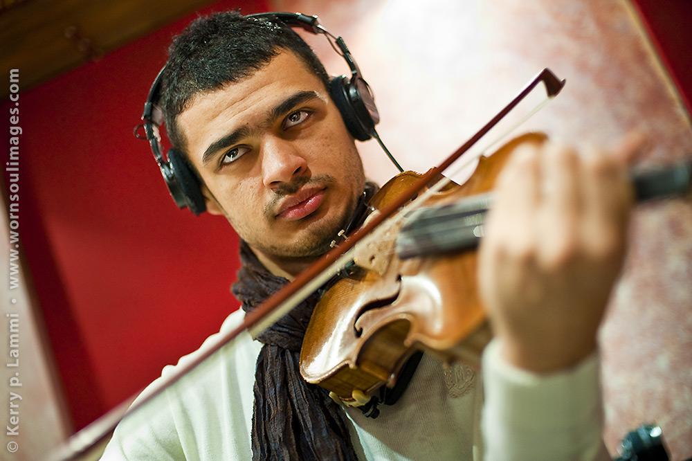 Turkish musician  •  Türk muzisyen